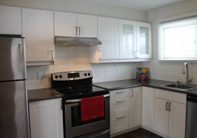 Lambeth Walk,Ottawa,Canada K2C 1E9,3 Bedrooms Bedrooms,1 BathroomBathrooms,Multi-Family,Lambeth Walk,1011