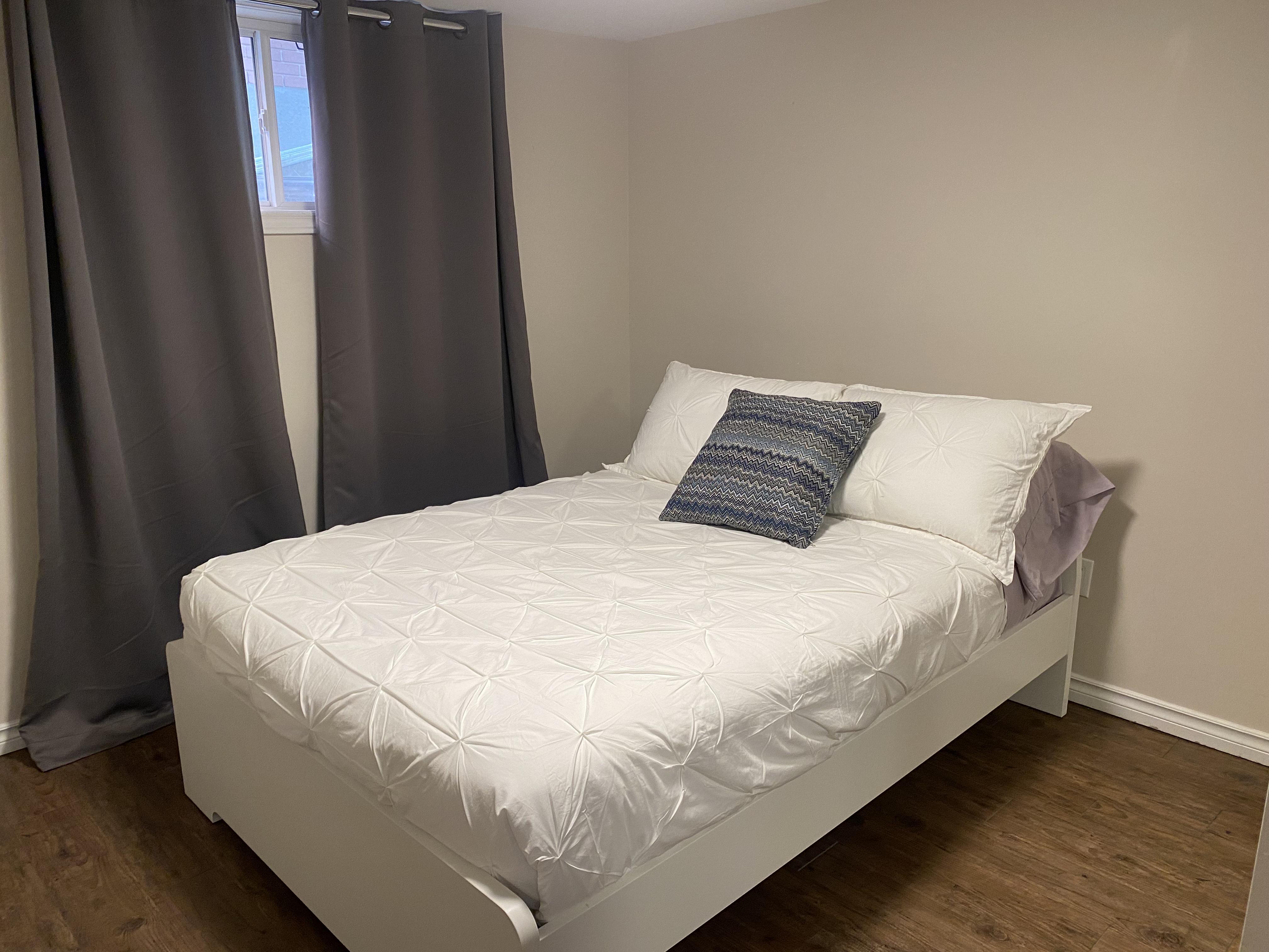 2151-B Lambeth Walk, Ottawa, Ontario, Canada, 3 Bedrooms Bedrooms, ,1 BathroomBathrooms,Multi-Family,For Rent - Lower Unit,Lambeth Walk,1014