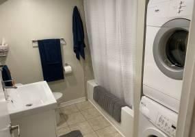 2151-B Lambeth Walk,Ottawa,Ontario,Canada,3 Bedrooms Bedrooms,1 BathroomBathrooms,Multi-Family,Lambeth Walk,1014