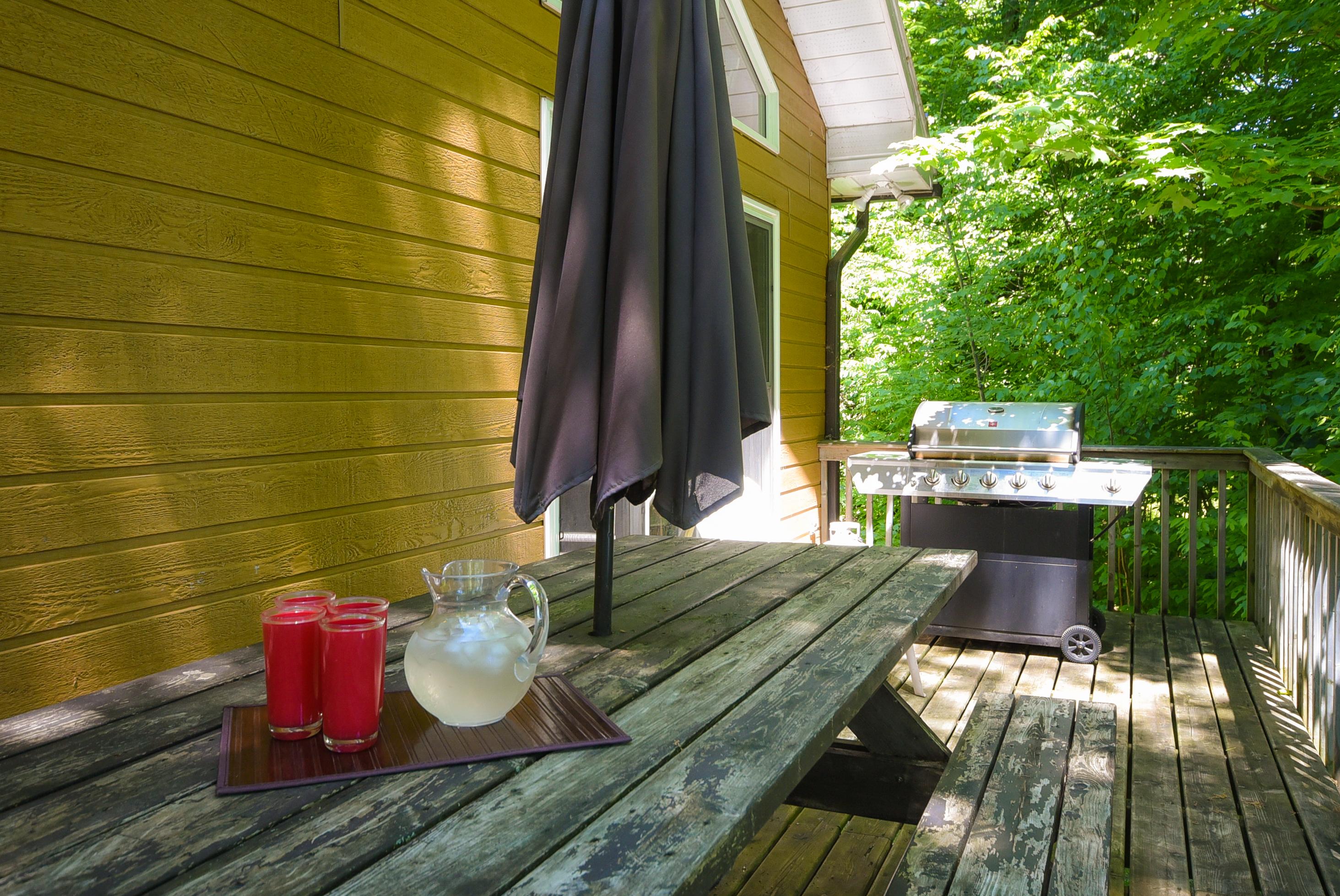 14 ch des cedres,Northfield,Canada,3 Bedrooms Bedrooms,2 BathroomsBathrooms,Cottage,Flower Moon Cottage,ch des cedres,1001