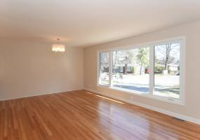 2176-A Lambeth Walk,Ottawa,Canada K2C1E9,4 Bedrooms Bedrooms,2 BathroomsBathrooms,Multi-Family,Lambeth Walk,1025
