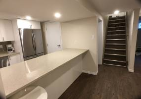 2176- B Lambeth Walk,Ottawa,Canada K2C1E9,4 Bedrooms Bedrooms,2.5 BathroomsBathrooms,Multi-Family,Lambeth Walk,1026