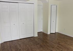 113 Tall Pines Private,Ottawa,Ontario,Canada K2H1H1,2 Bedrooms Bedrooms,2 BathroomsBathrooms,Single Family,Tall Pines Private,1006