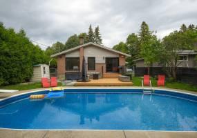2180-A Lambeth Walk,Ottawa,Ontario,Canada,3 Bedrooms Bedrooms,3 BathroomsBathrooms,Multi-Family,Lambeth Walk,1078